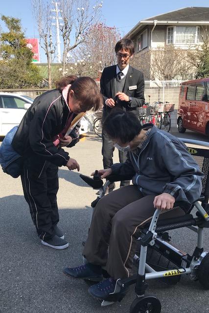 ケアセンターなのはな 定例研修  折りたたみ式電動車椅子03